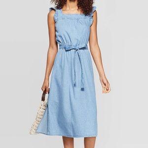 Universal Thread Sleeveless Chambray Denim Dress
